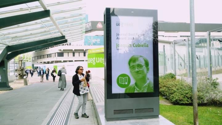 El doctor Cubiella, especialista de Digestivo del hospital ourensano, premiado en el congreso europeo de gastroenterología