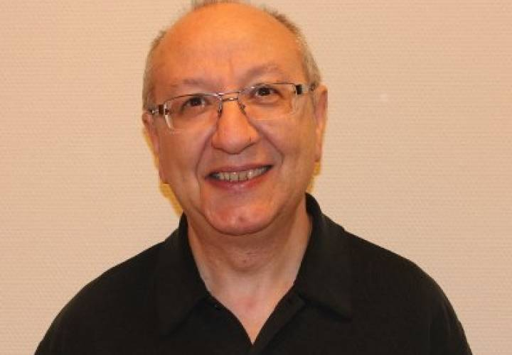 """Dr. Bendaña: """"Los médicos no deben aceptar la respuesta violenta como parte de su oficio"""""""