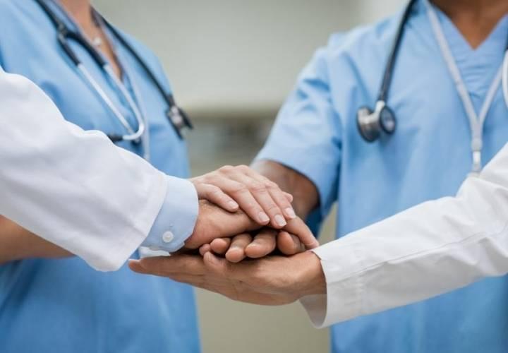 Enhorabuena a los residentes que finalizan su formación especializada en el Área Sanitaria de Ourense, Verín y Barco