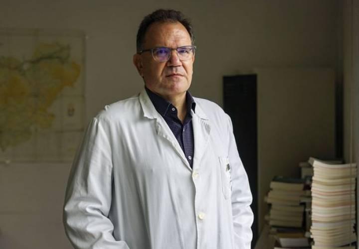 David Simón Lorda: «De la Beneficencia al sistema nacional de salud media un abismo»